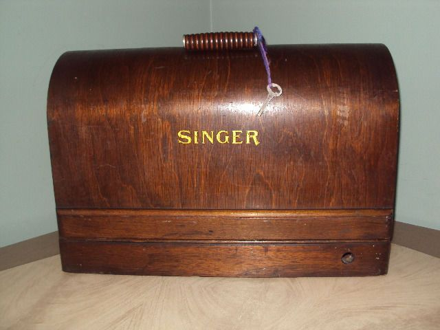 Vtg singer bent wood dome carry case for 3 4 size sewing for Decor 99 sewing machine