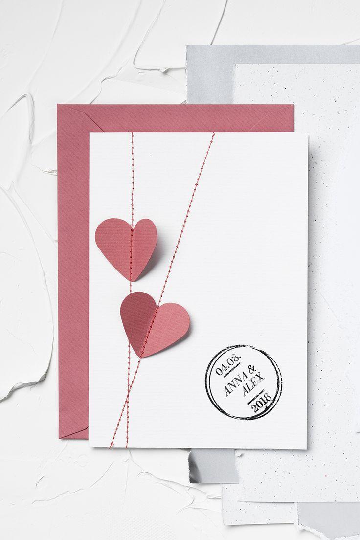 Wedding card with paper hearts www.panduro.com #DIY #pink #heart