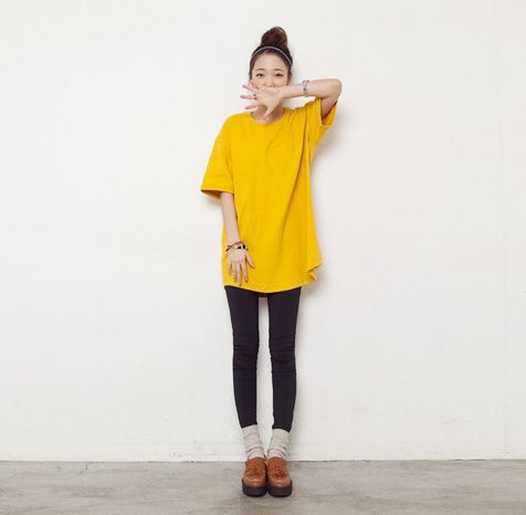yellow t-shirt that i can tie up into a knot??