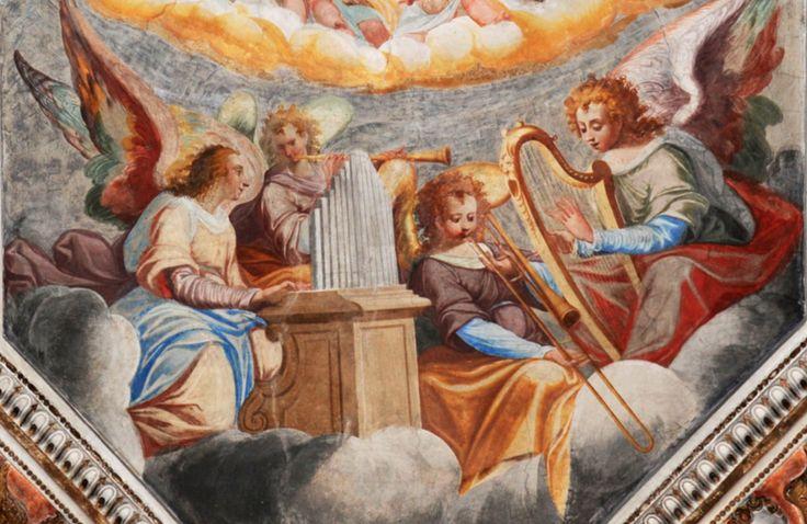 ÓRGANO, TROMBÓN, ARPA, TROMPETA.  c. 1600s Malvaglia, Switzerland. Artista desconocido - Pinterest