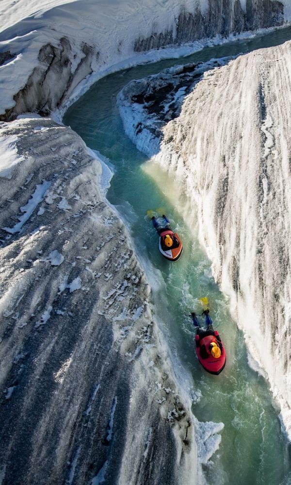 Kopf voran durch Gletscherabfluss gleiten? Sicher, fühle mich wie ich es geben muss …