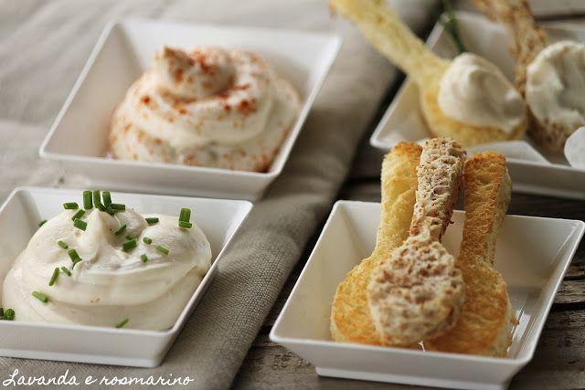 Mousse di formaggi per aperitivo Lavanda e rosmarino: Desserts Table, Pequeño Bocado, Pequeños Bocados