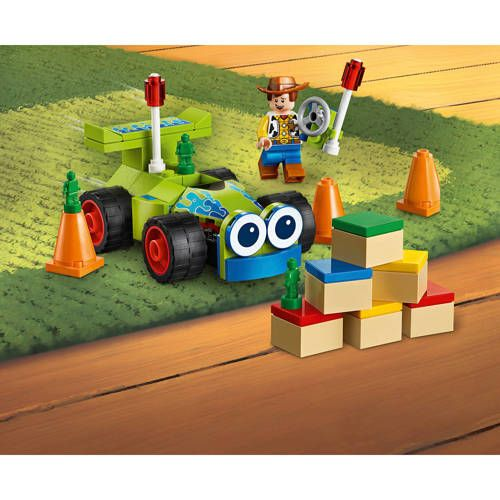 LEGO 4+ Toy Story 4 Woody en RC 10766 – Products
