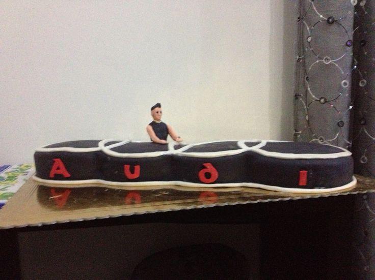 Audi logo cake