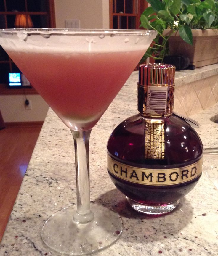 FRENCH MARTINI 2ounces vodka, 2 ounces pineapple juice, 1 ounce Chambord, lime twist   Shake with ice, served in frozen martini glass. Twist of lime over top.  Ooh la la!