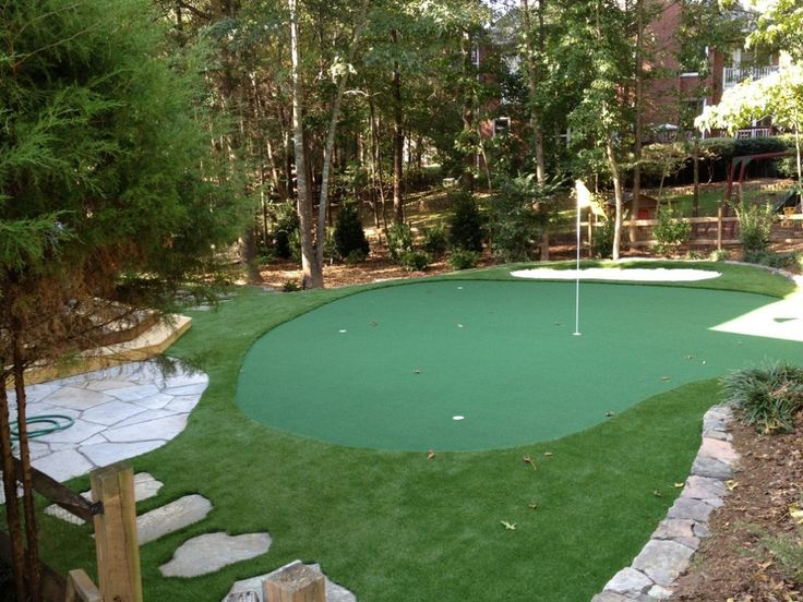 Best Backyard Putting Greens - http://www.magneticjoe.com/backyard-putting-greens/ : #BackyardIdeas Backyard Putting Greens – If you like golf and don't have time go to golf court so this backyard putting greens ideas maybe can add into your backyard and turn it into a nice home golf court. So you have new idea for your unused spacious backyard to become nice golf court, you should start to bro...
