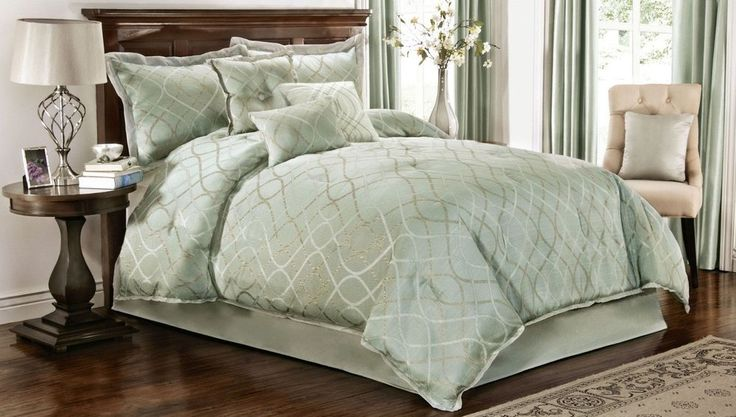 King Size Bed 7 Pc Sage Green Pattern Comforter Bedspread