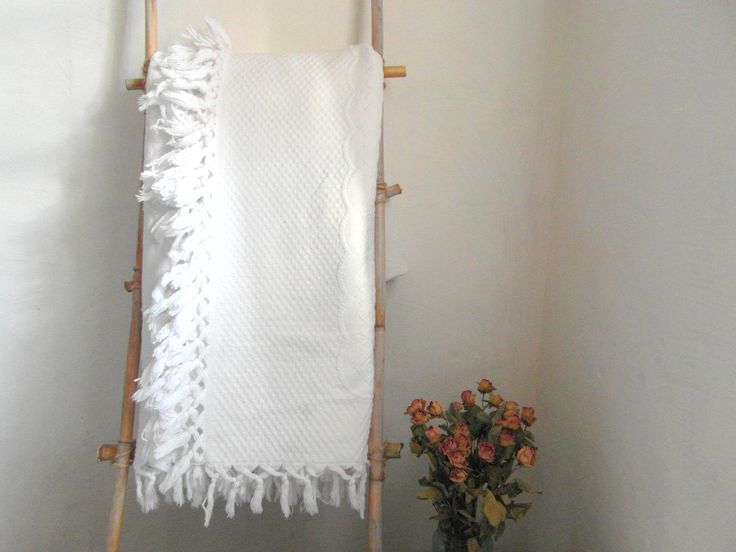 Large bed size, white matelasse bedspread, cotton cover, throw. Thick soft cotton, French vintage bedding. by vintagefrenchdream on Etsy https://www.etsy.com/listing/484066940/large-bed-size-white-matelasse-bedspread