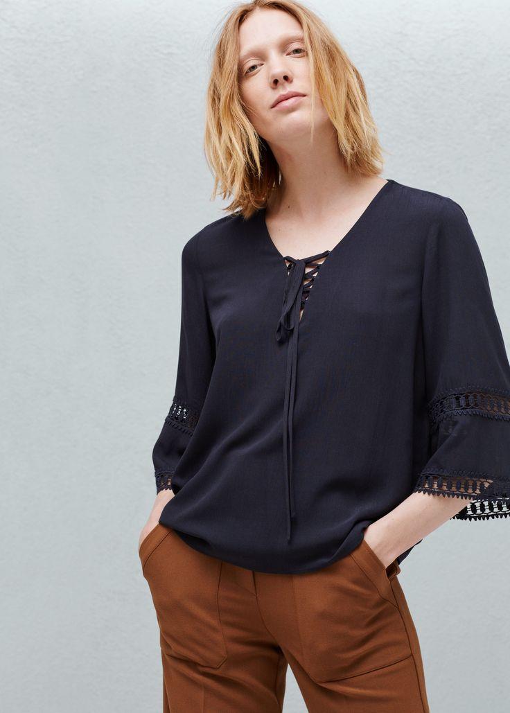 Bluse med hullmønstret kant - Skjorter for Damer   MANGO Norge