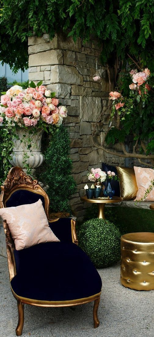 Glamorous outdoor living