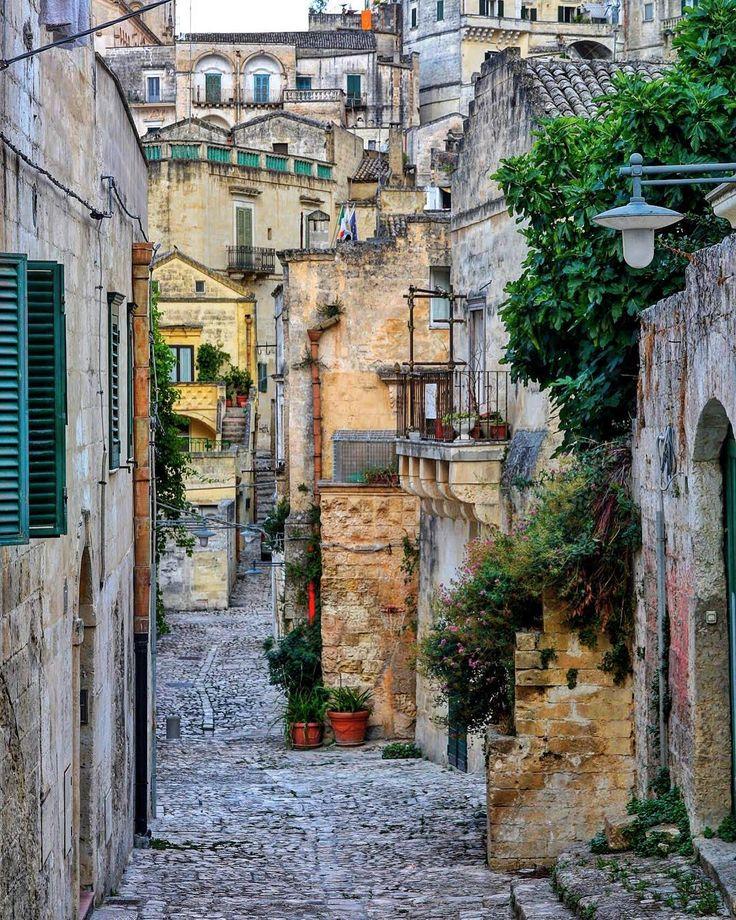 Sassi di Matera . .  #kings_villages #bestborghipics #super_borghi_channel #yallersborghi #loves_basilicata #bestbasilicatapics #loves_united_basilicata #volgobasilicata #vivobasilicata #vivomatera #volgomatera #materamazing #ig_matera #igers_matera #materainside #igersmatera  #LOVES_MEDITERRANEO #panorami_meridionali #sud_super_pics #total_mediterraneo #VERSO_SUD #vivomediterraneo#streets_and_houses #streets_of_our_world #metroaffair  #la_houses  #ok_streets #total_streets…