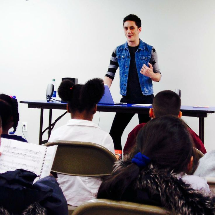 ASTEP Volunteer Artist Seph Stanek recently led a workshop at Women In Need, Inc., teaching the kids about Opera and the different ways music can be used to tell stories...it was such a great day! #ASTEP #artistsstrivingtoendpoverty #ASTEPonSTAGE