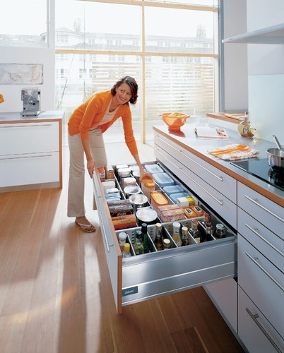 Kitchen Storage Zones: Consumables Zone Images On