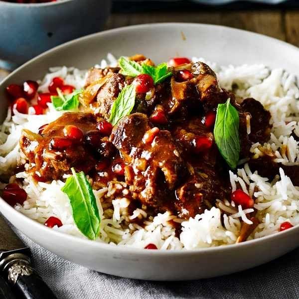 Simple Persian-style lamb stew