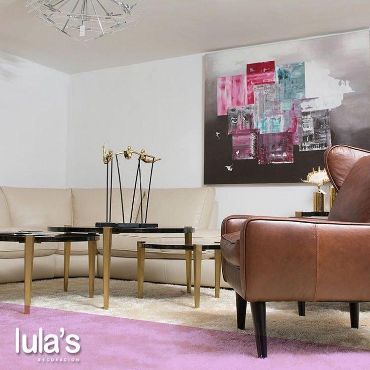 Es importante que tus espacios inviten a ser habitados y la sala es uno de ellos porque es de los que más disfrutamos con amigos y familia.    Estamos ubicados en la transversal 6 # 45 -79 Patio Bonito, Medellín, Tel: 2684641.    #AccesoriosHogar #Muebles #Sillas #DecoradorDeInteriores #Tendencias #Home #Arquitetura #Architecture #Casa #Decor #Decoration #Furniture #HomeDecor.