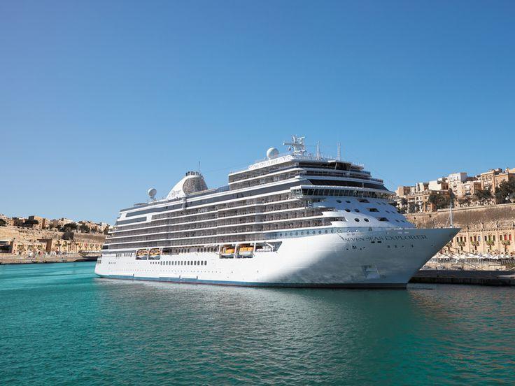 Seit die Seven Seas Explorer im Juli 2016 in Monte Carlo von Fürstin Charlène von Monaco getauft wurde, gilt sie als luxuriösestes Kreuzfahrtschiff auf den sieben Weltmeeren. Ab 2020 wird die Explorer dieses Prädikat mit einem Schwesterschiff teilen müssen – der Seven Seas Splendor. Mit...