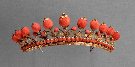Toledo Museum of Art. Gold and coral tiara, about 1817.
