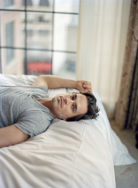 Matt Bomer--I want to lick him.too bad,just like everyone else I love,he's gay :-P