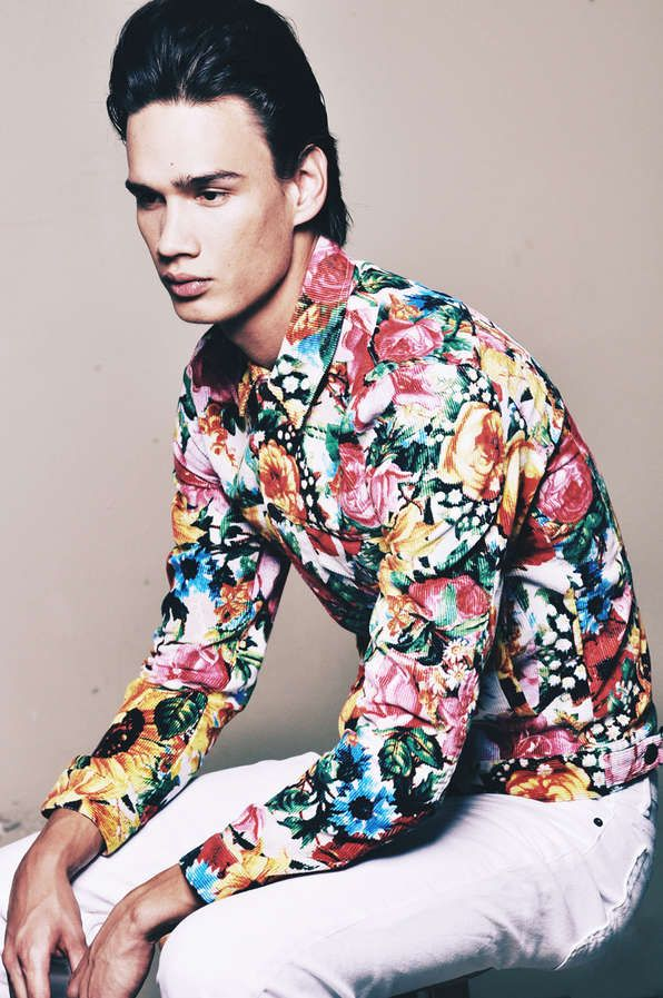 33 Flamboyant Floral Menswear Styles