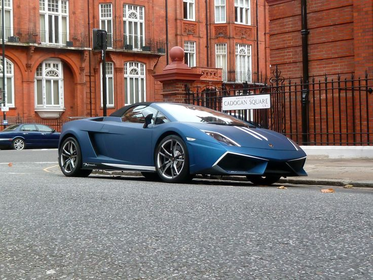 A classic looking Lamborghini Gallardo spotted in London