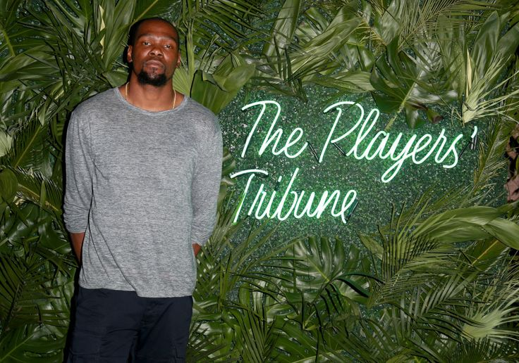Warriors Forward Kevin Durant Takes No Prisoners on the Court, or on Twitter