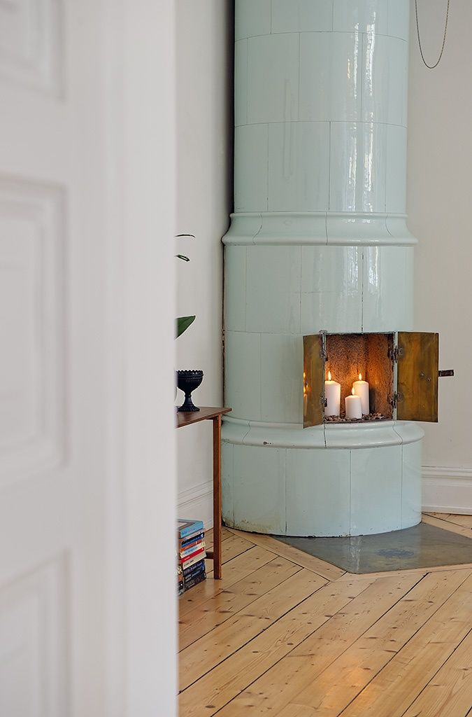 Amazing Mint Color In the Interiors: 35 Trendy Ideas : Mint Color In The Interiors With Wooden Candleholder And Wooden Floor