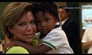 Chegadas e Partidas - Astrid Fontenelle encontra com o filho no aeroporto | globo.tv
