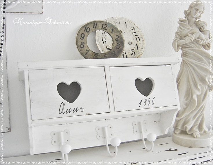 80 best images about aufbewahrung on pinterest shabby chic shabby look and old trunks. Black Bedroom Furniture Sets. Home Design Ideas