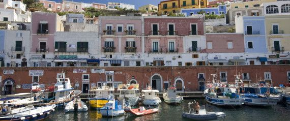 20 Gorgeous Seaside Towns In Italy