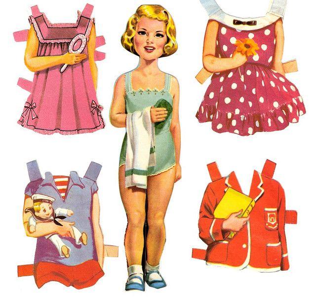 Poupées à découper j'adorais...  On pouvait passer des heures à leur faire de nouvelles garde-robes