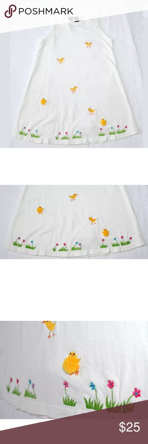"""Michael Simon Girl White Spring Easter Sundress Michael Simon Girl 6 6x White Spring Easter Yellow Puffy Embroidered Chicks  Pullover Sundress Dress  Spring Summer Fall  Girl's Size Extra Small - XS - 6/6X  Measurements: Length from Neck Base to Hem: 25"""" Armpit to Armpit: 13 1/2"""" Neck Circumference: n/a"""" Sleeve Length: none  Fabrics: · 100% cotton Michael Simon Dresses Casual"""