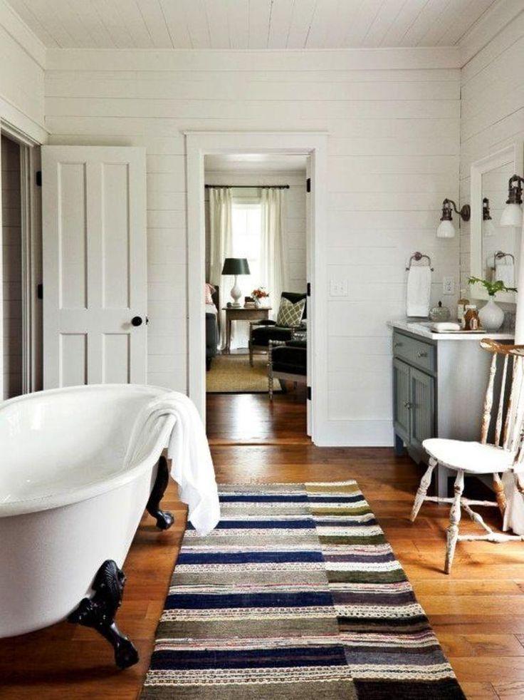 15 Clawfoot Bathtub Ideas for Modern Chic Bathroom - Rilane