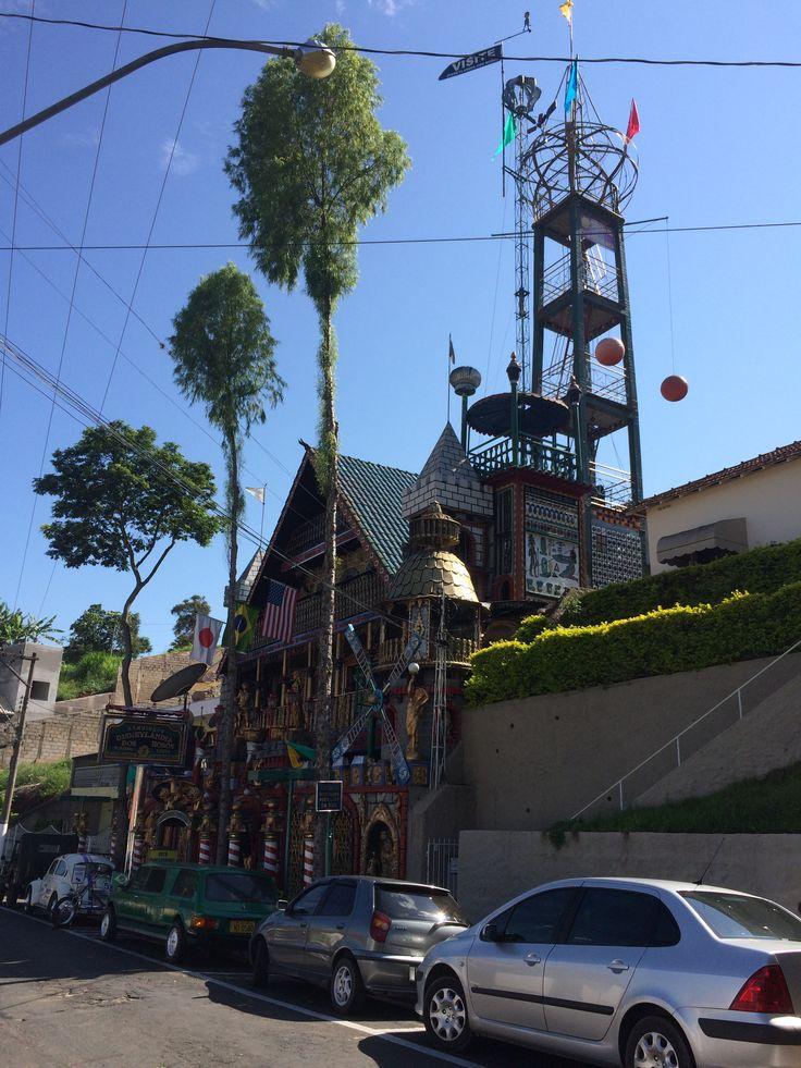 Disneylândia dos Robôs - Serra Negra - SP