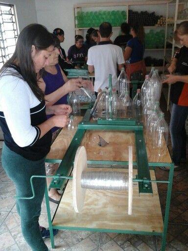 Fabrica de vassouras  de garrafas  pet