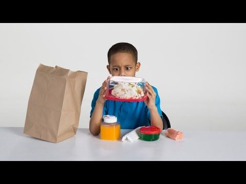 We had a panel of school lunch experts (a.k.a. kids) taste test 100 years of sack lunches from 1900 to today. Here's what they thought about spam, tuna wraps...