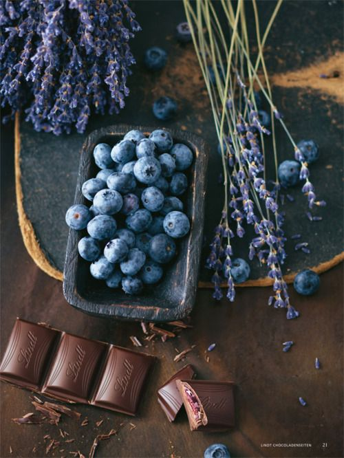 lavendar and blueberries: Food Style, Shades Of Purple, Blue Flowers, Chocolates Bar, Colors Palettes, Chocolates Brown, Food Photography, Rooms Colors, Blueberries