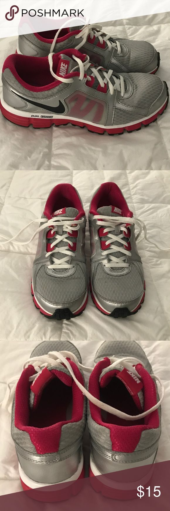 Nike dual fusion tennis shoes. Lightly worn. Nike dual fusion tennis shoes. Lightly worn. EUC size 6 youth but fits women's size 7.5 Nike Shoes Sneakers