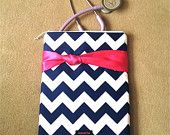 chevron NURSING PURSE / AnyCase, nurse organizer case in navy/white with coral knot ( stethoscope case, medical pouch, pockets for penlight)