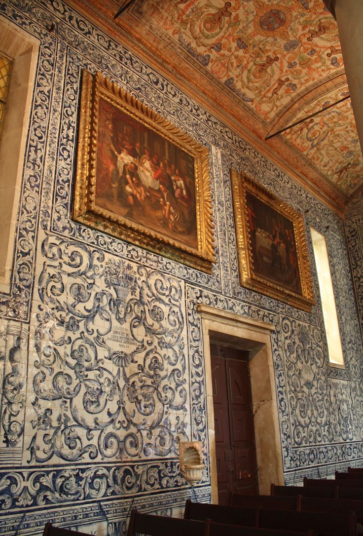 "Óbidos, Church of Santa Maria, 1670-1680   Ana Raquel Machado; Rosário Salema de Carvalho. ""Frame simulation in 18th century azulejos,"" in AzLab#14 Azulejos and Frames. Proceedings. 2 (2016), p. 42-53. URL: http://artison.letras.ulisboa.pt/index.php/ao/article/view/39"