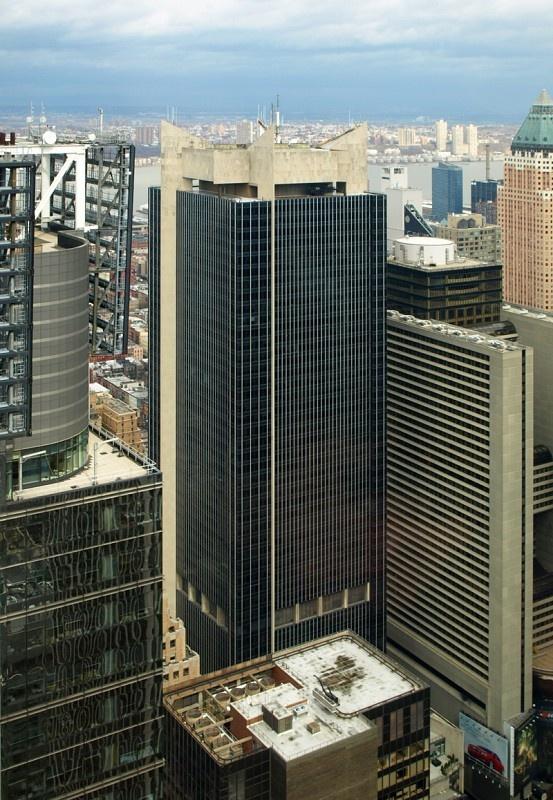 #51) One Astor Plaza (1515 Broadway) | 227m | 745 ft | 54 fl | Der Scutt of Ely J. Kahn Jacobs | 1972
