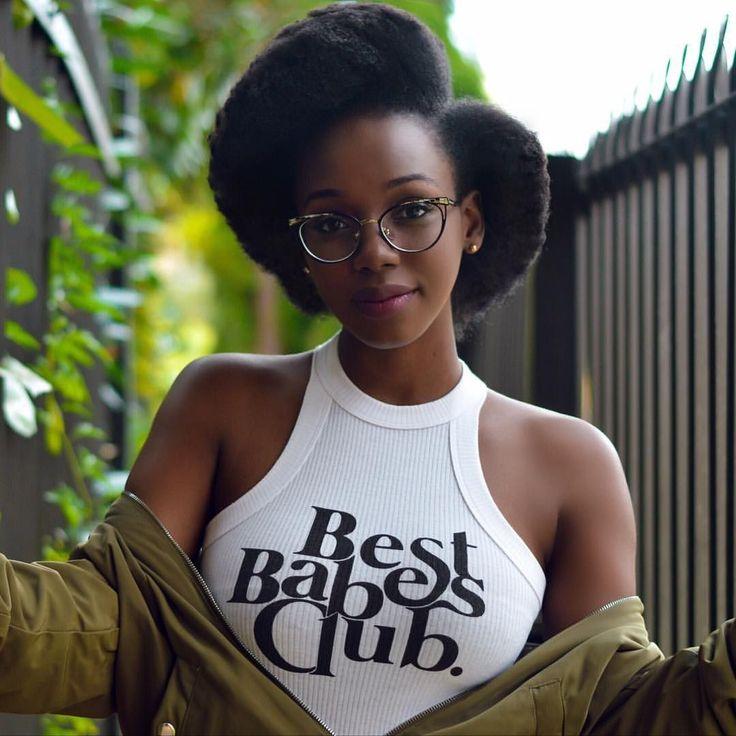 "- Englatina Assis (@englatina_assis) on Instagram: "": @worthathovsandwords"" Afro hair. Kinky hair. Natural hair. Black hair care. Black women. #BlackHairCare"