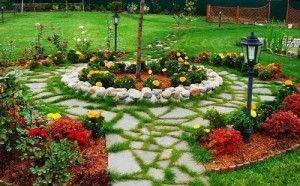 Декор садовых дорожек на даче