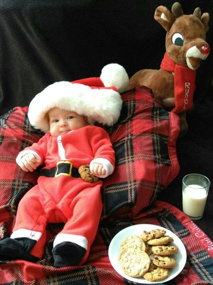 Santa baby Christmas Eve photoshoot