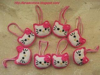 Hello Kitty Keychains Patterns ... http://freecrochetpatterns3808.blogspot.com/