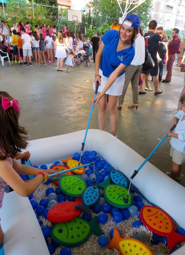 Nos divertimos mucho con nuestras fiesta de mar con:  Marineras, Surferos, Sirenas, Cangrejos, peces, juegos de agua, juegos con tablas Hawaianas, etc... Todo con : www.fiestastempranito.com