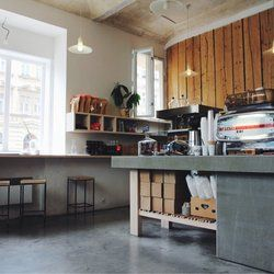 I Need Coffee ! - Praha 2, small kavarna