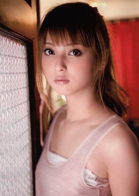 Petite Japanese Beauty - PornPicturesHQ.com