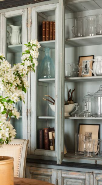 Styling idea for our antique library case