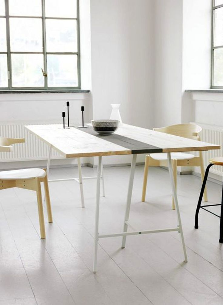 DIY: Table with Painted Runner : Remodelista