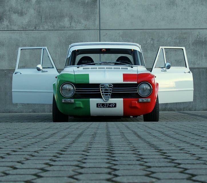 Alfa Romeo Giulia (original post at: http://openairmotorist.tumblr.com/post/109988175131/giulia-photo-sam-van-dalen :))))